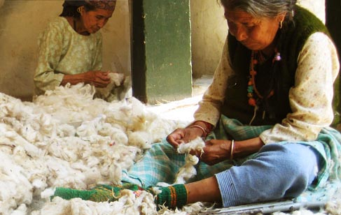 cleaning-woolen-weaves2