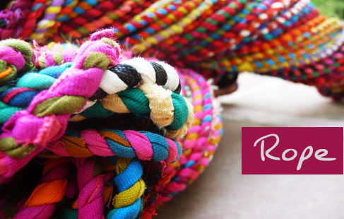 Rope making craft from recyclable material india gaatha for Handicrafts from waste