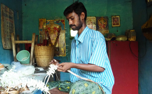 flower-craftman-madurai
